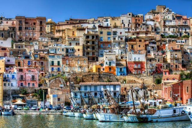 Itálie přístav